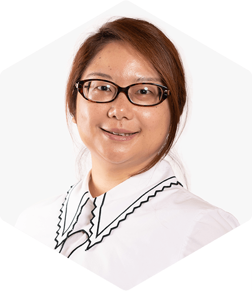 Phoebe Lam Deallus Senior Associate